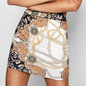 NWT Boohoo Black Chain Print Bodycon Mini Skirt